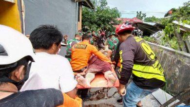 أعلن مدير الوكالة الوطنية للبحث والإنقاذ في إندونيسيا، ديدي حمزار، عن ارتفاع عدد ضحايا الزلزال الذي ضرب البلاد، مؤخرا، وبلغت قوته 6,2 درجات على مقياس ريشتر، إلى 77 قتيلا.