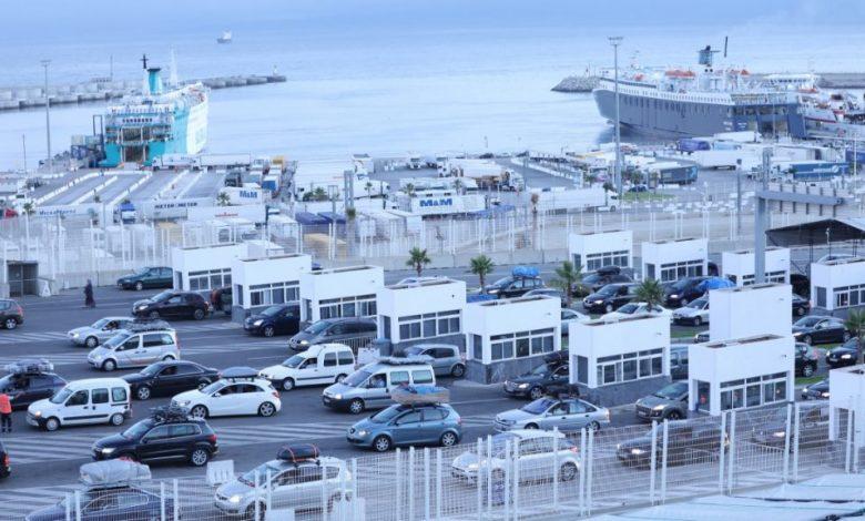 قامت مصالح مديرية الملاحة التجارية التابعة لوزارة التجهيز والنقل واللوجستيك والماء، باتصالات مكثفة مع شركات النقل البحري العاملة على الخطوط