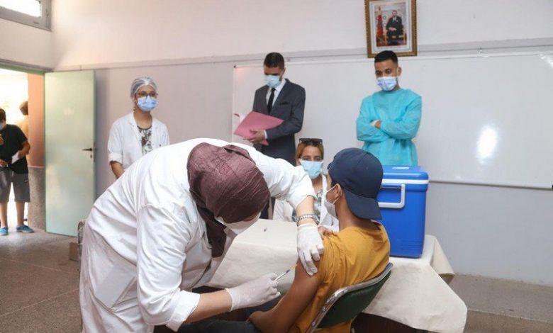 أعلنت وزارة الصحة، أمس الاثنين، عن تسجيل 917 إصابة جديدة ب(كوفيد-19) و4451 حالة شفاء و72 وفاة خلال ال24 ساعة الماضية. وأبرزت الوزارة، في