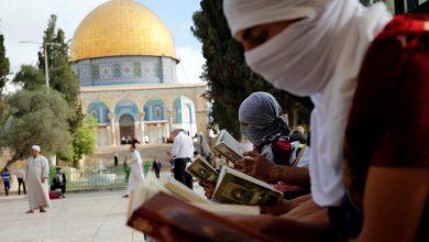 أصدرت فصائل المقاومة الفلسطينية بيانا دعت فيه إلى الاحتشاد والرباط في المسجد الأقصى، رفضا للسماح بالمستوطنين بأداء صلواتهم هناك.وجاء في الب