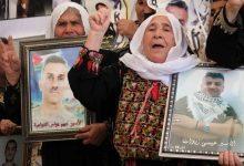 واصل سبعة أسرى في سجون الاحتلال (الإسرائيلي) إضرابهم المفتوح عن الطعام؛ رفضا لاعتقالهم الإداري، أقدمهم الأسير كايد الفسفوس المضرب منذ 93 ي